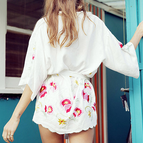 Women-White-Summer-Beach-Dress-Transparent-Cover-Up-Dresses-for-The-Beach-Wear-Women-Beachwear-Tunic-3.jpg