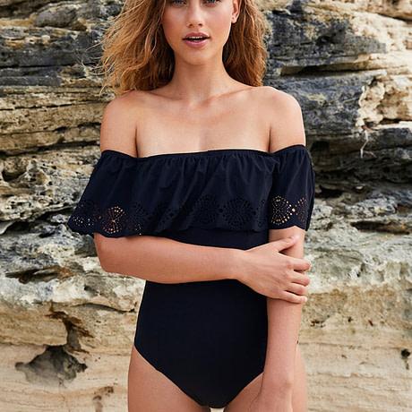 bikini-New-Retro-Sexy-Black-Monokini-Swimwear-Women-Swimsuit-Hollow-Out-Off-Shoulder-Trikini-Swim-Wear-4.jpg